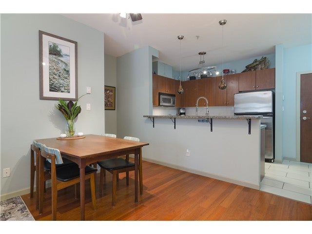# 106 200 CAPILANO RD - Port Moody Centre Apartment/Condo for sale, 2 Bedrooms (V1109880) #3